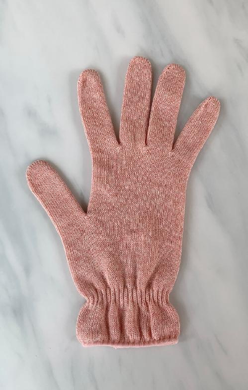 4761 gloves carnation